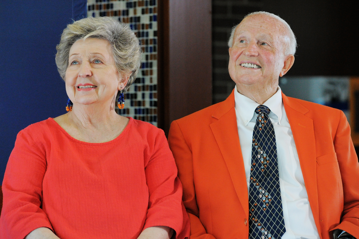 Mary and Lou Henson