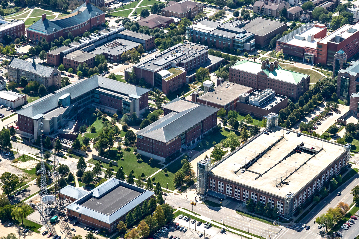 Aerial view of the U. of I. campus.