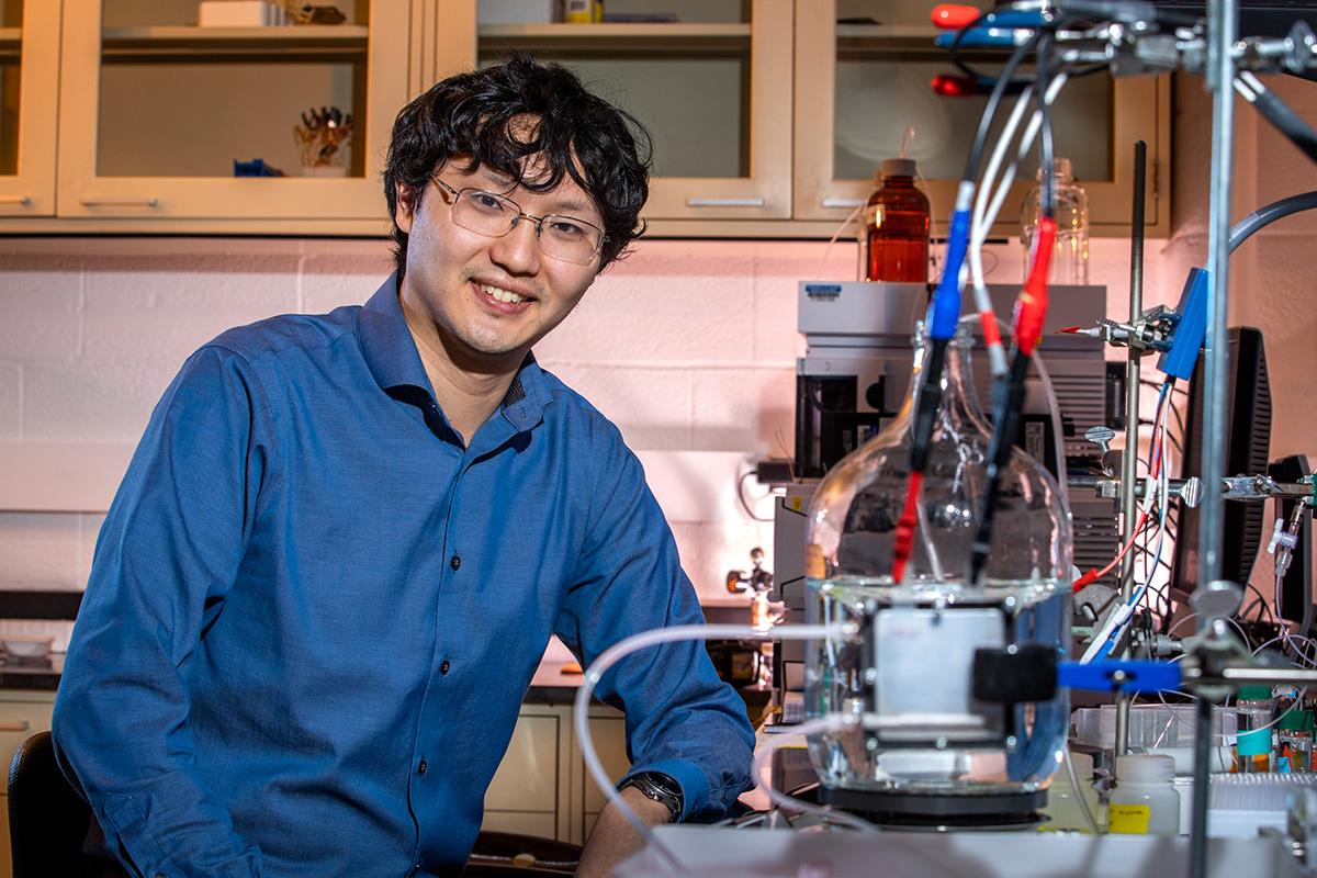 Photo of lead researcher, Xiao Su, in his laboratory.