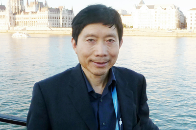 University of Illinois sociology head and professor Tim Liao