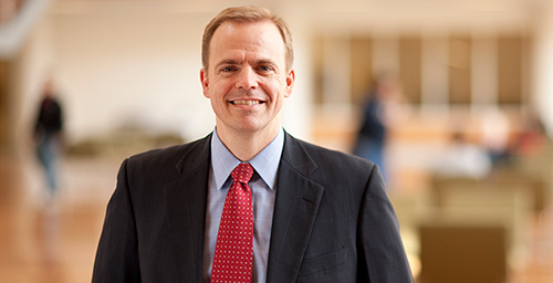 A new book co-edited by U. of I. finance professor Jeffrey R. Brown examines the profound effect the financial shocks of the last decade had on higher education.