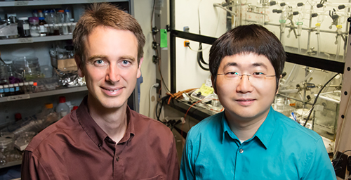 Professor Paul Braun and graduate student Chunjie Zhang developed a continuous glucose-monitoring system that changes color when glucose levels rise.