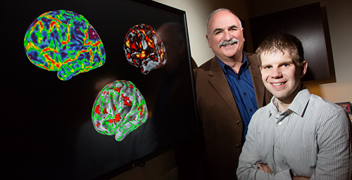 Jim Monti (right) a postdoctoral research associate in the lab of Illinois psychology professor Neal Cohen (left), developed a cognitive task that helps differentiate older adults with very early Alzheimer's disease from those experiencing normal aging.