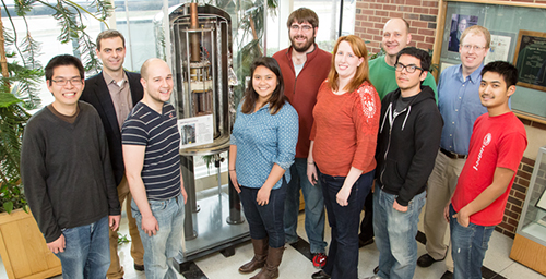 A new collaboration solved a decades-old medical mystery involving an antifungal agent. Pictured, from left: graduate student Grant Hisao; chemistry professor Martin Burke; graduate students Alex Cioffi, Katrina Diaz, Marcus Tuttle and Mary Clay; chemistry professor Chad Rienstra; and graduate students Brice Uno, Tom Anderson and Matt Endo.