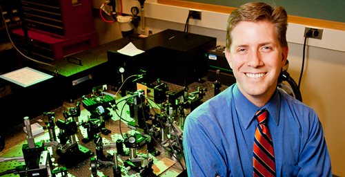 "Among the four Illinois professors named fellows of the Amercian Association for the Advancement of Science is Stephen A. Boppart, an Abel Bliss professor of engineering, who was cited for ""distinguished contributions to optical coherence tomography and its applications to biomedical imaging."""