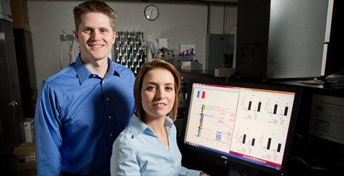 Illinois professor of animal and nutritional sciences Kelly Swanson, left, and his research team, including Maria de Godoy, recently published a study that shows how molecular biology technologies are making the mechanisms underlying the pet obesity epidemic more easily understood.