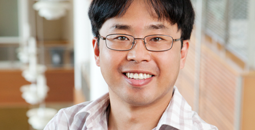 A  new study by graduate researcher Jun Sung Hong (pictured) and faculty member Mary Keegan Eamon, both in the School of Social Work, found that whether adolescents' feel vulnerable to violence at school depends on factors such as being able to make friends easily at school and regularly conversing with their parents about their concerns.