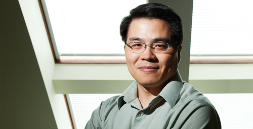 "Professor Min-Feng Yu's group developed ""trolling AFM,"" a method for high-quality imaging of soft cells and tissues at atomic resolution."