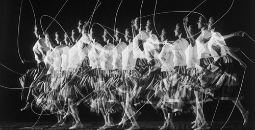 "This 1952 photograph, ""Moving Skip Rope,"" by Harold Edgerton, an electrical engineering professor at Massachusetts Institute of Technology, can be seen in Krannert Art Museum's 50th anniversary exhibition, ""Recent Acquisitions."""