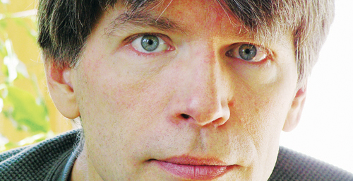 Acclaimed novelist Richard Powers, the Swanlund Chair and Center for Advanced Study Professor of English - 42675