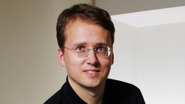 Image of professor Mattias Polborn