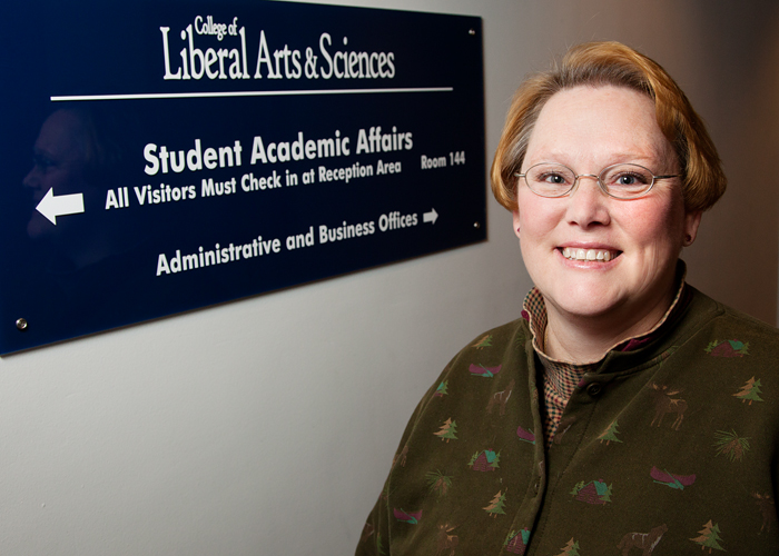 Mary Davis is one of seven admissions and records officers in the Student Academic Affairs Office in the College of Liberal Arts and Sciences. She monitors the degree-requirement progress of 1,700 students at the Urbana campus  LAS students with last names starting with STB through Z.