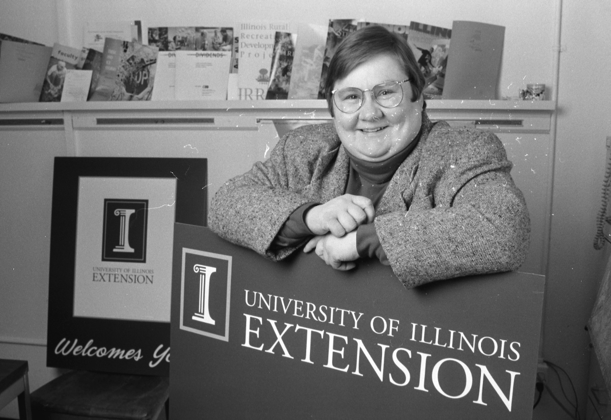 Kathy Reiser is a field services coordinator with the UI Extension. From her office in Mumford Hall she keeps in touch with the academic professionals, staff members and volunteers who work in extension offices around the state.