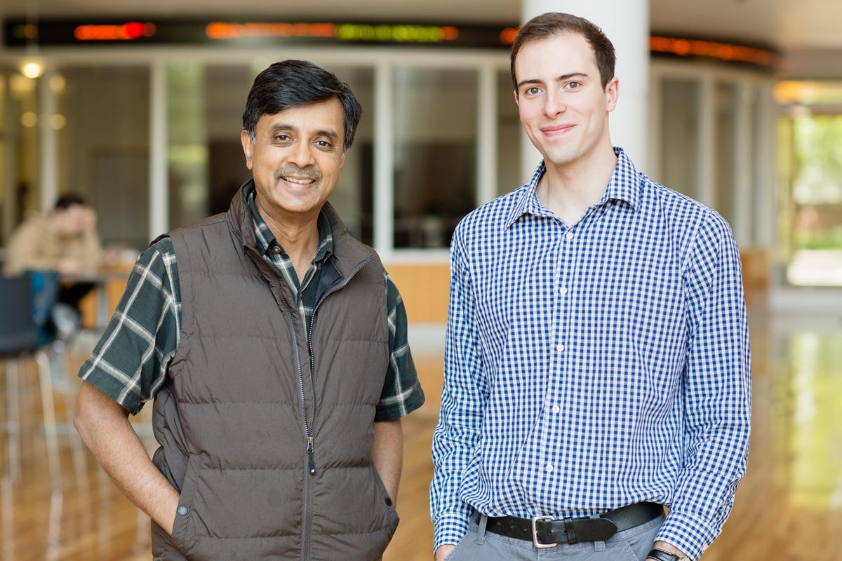 Photo of Madhu Viswanathan, left, and  U. of I. graduate Steven Morse.