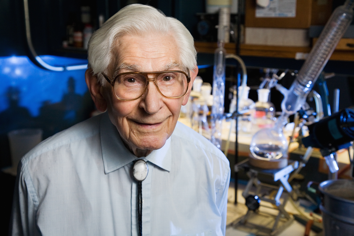 Fred Kummerow, a professor of comparative biosciences at the University of Illinois, continued his research for more than seven decades. Kummerow died May 31 at his home in Urbana.