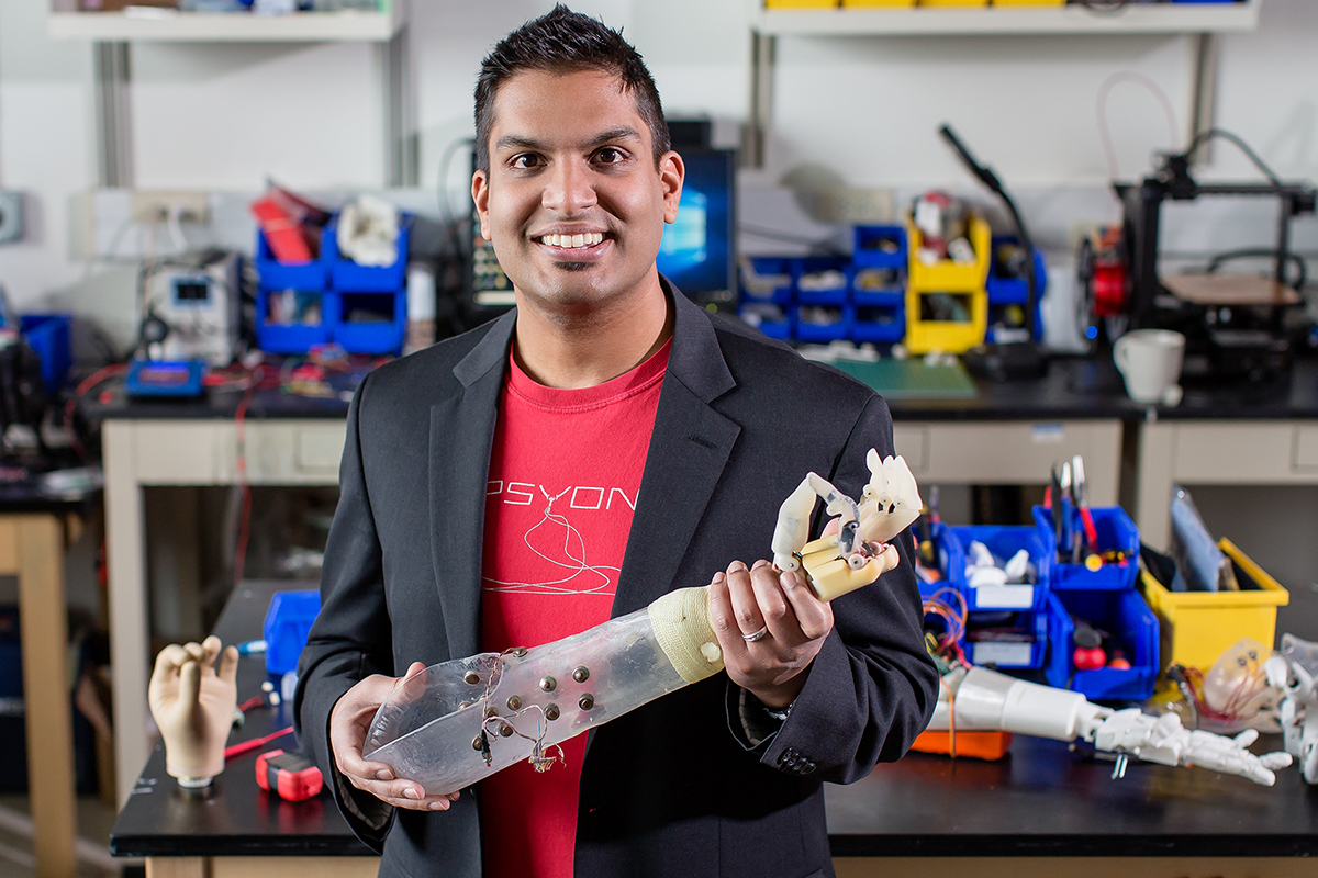 Aadeel Akhtar, an M.D./Ph.D. student at Illinois, developed a control algorithm to give prosthetic arm users reliable sensory feedback.