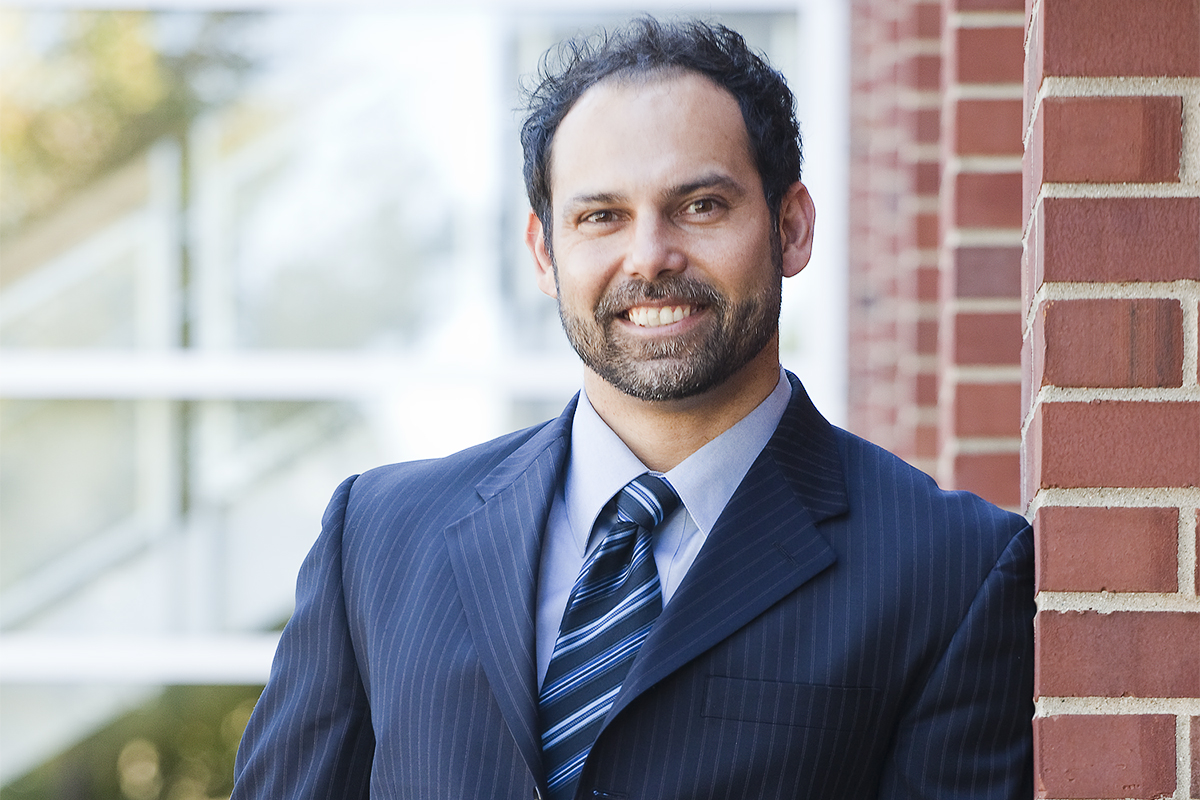 Photo of Robin Kar, a professor of law and of philosophy at the University of Illinois