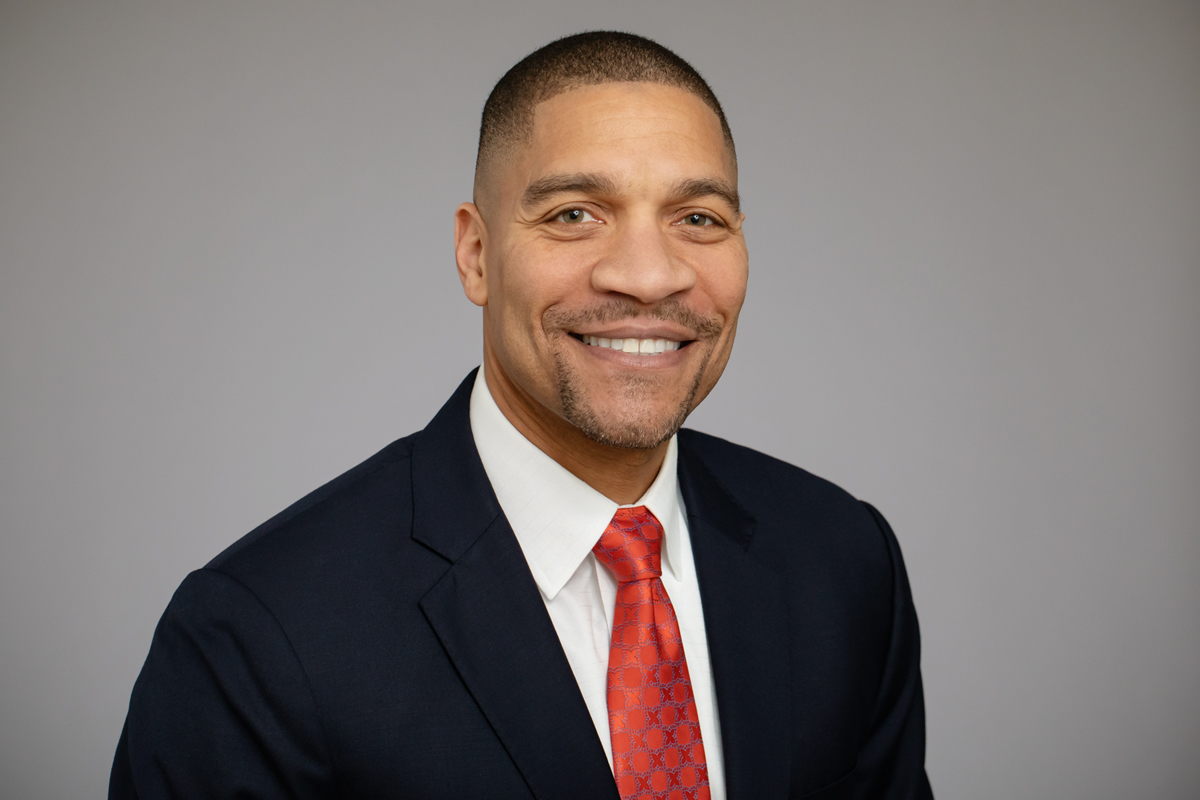 Eric Minor, the university's first chief marketing officer, will lead campuswide efforts to tell the Illinois story of excellence in research, teaching, public engagement and economic development.