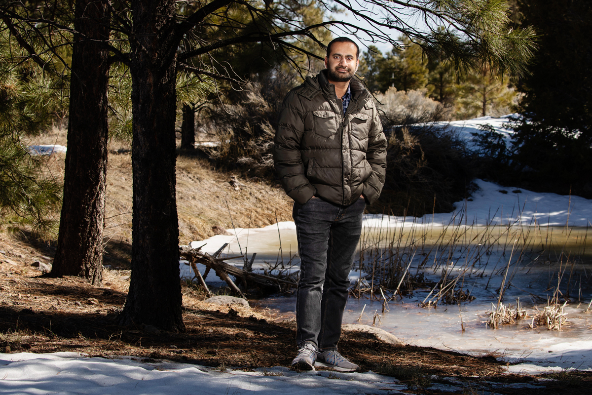 University of Illinois alumnus Arshan Nasir and his colleagues at Illinois and in Korea studied genetic exchange among human-associated microorganisms.