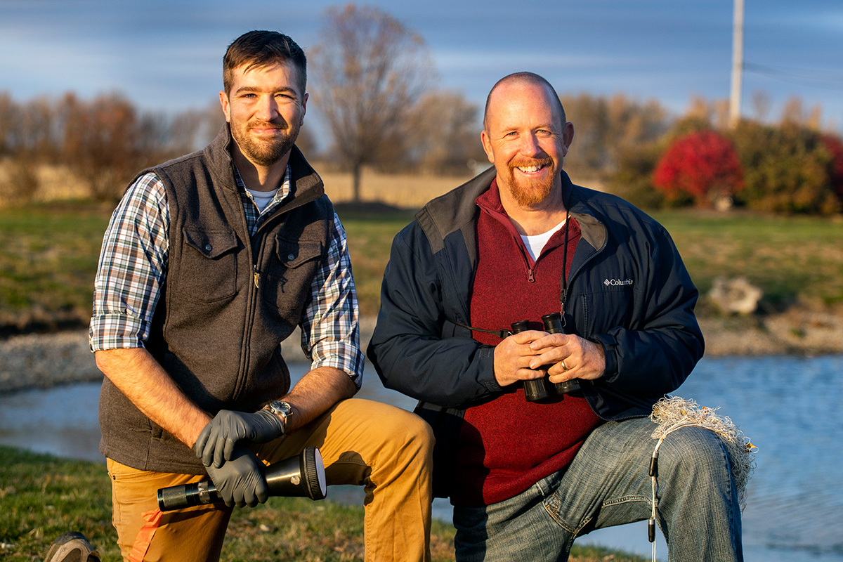 From left, graduate student Ryan Askren, avian ecologist Michael Ward and their colleagues found that Canada geese are using man-made structures that bring them close to airport runways.