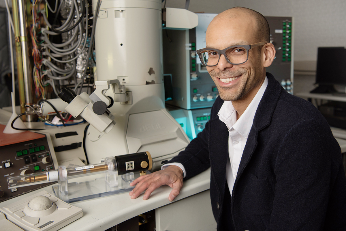 Materials science and engineering professor Shen Dillion uses electron microscopy and targeted laser heating for ultra-high temperature testing of aeronautical materials.