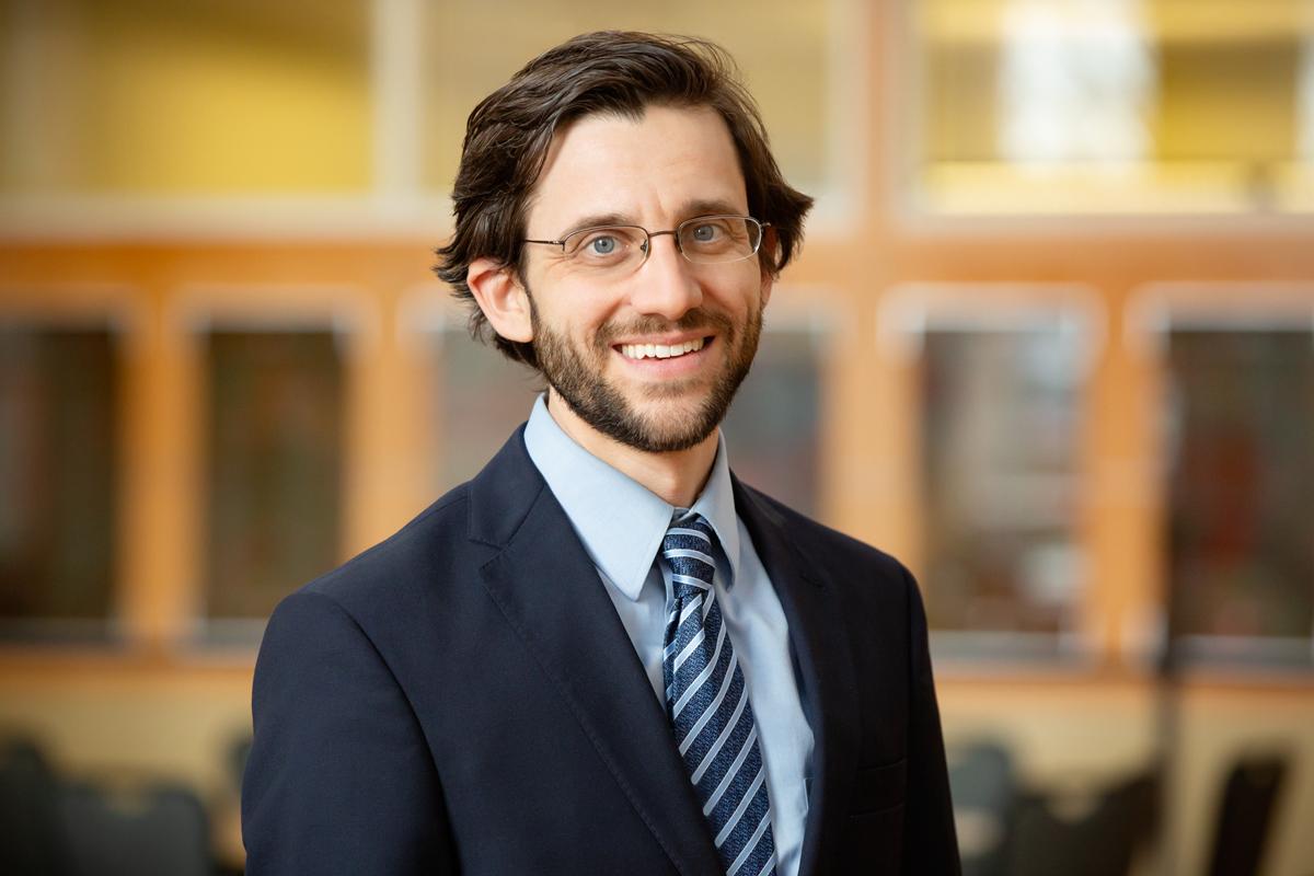 Photo of U. of I. labor economist Russell Weinstein