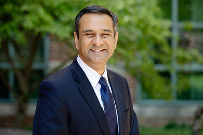 Bioengineering professor and Cancer Center at Illinois director Rohit Bhargava